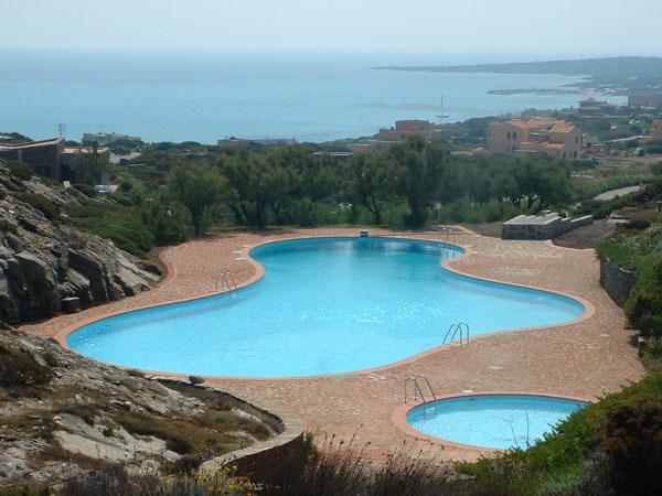 Costruzione piscine la piscina con una piccola rata - Piccola piscina ...